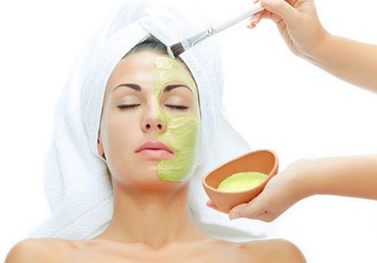 Aloe-Vera-and-Cucumber-Face-Pack
