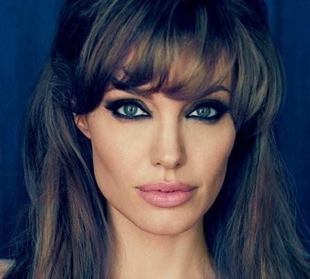 Angelina_Jolie_August_2010_Vanity_Fair