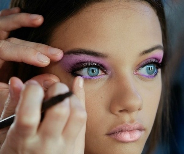 What-Makeup-For-Blue-Or-Gray-Eyes-4