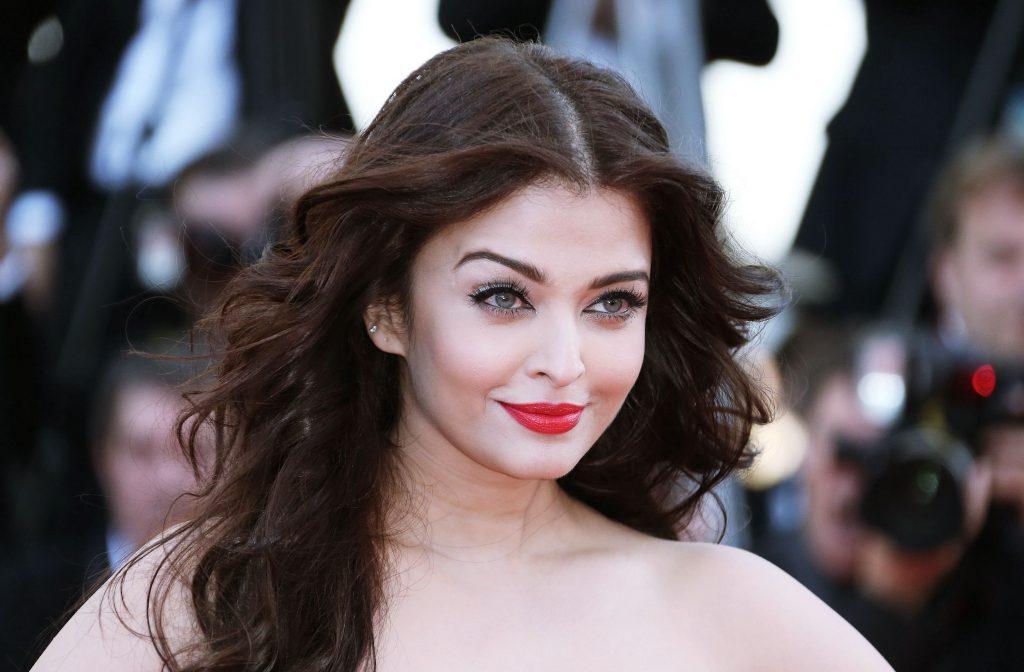 Aishwarya-Rai-2014-Cannes-HD-Wallpaper-photos-pics