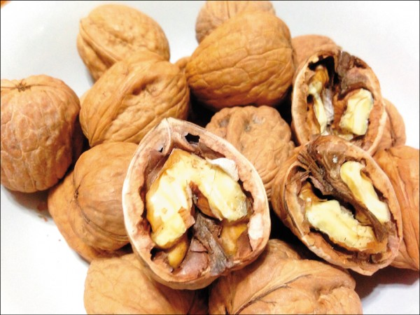 Benefits of walnuts