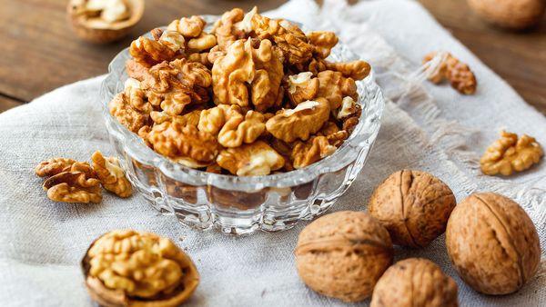 Walnuts protein