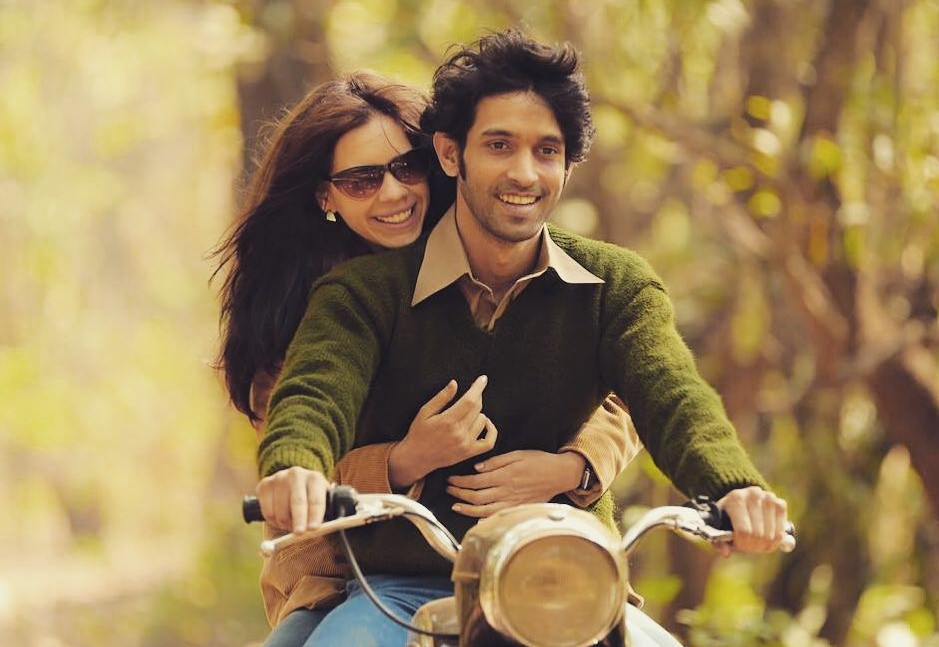 Vikrant Massey Biography: Vikrant on a bike with Kalki Koechlin