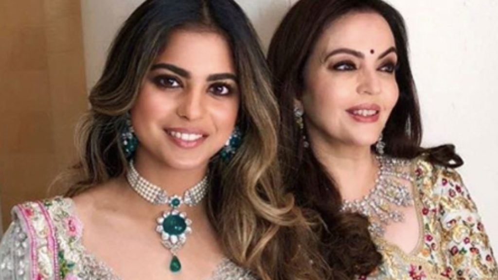 Isha Ambani and Nita Ambani