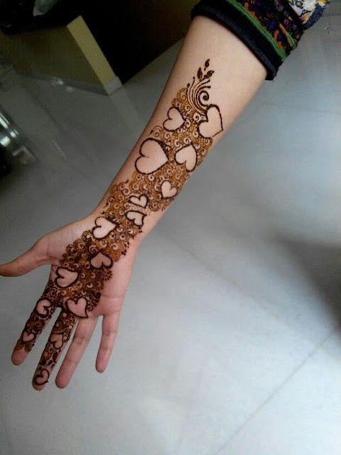 Front hand Mehndi Design 14