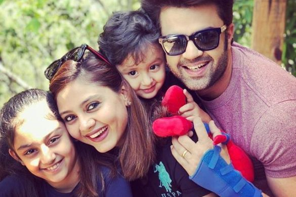 Manish Paul Family Sanyukat Paul