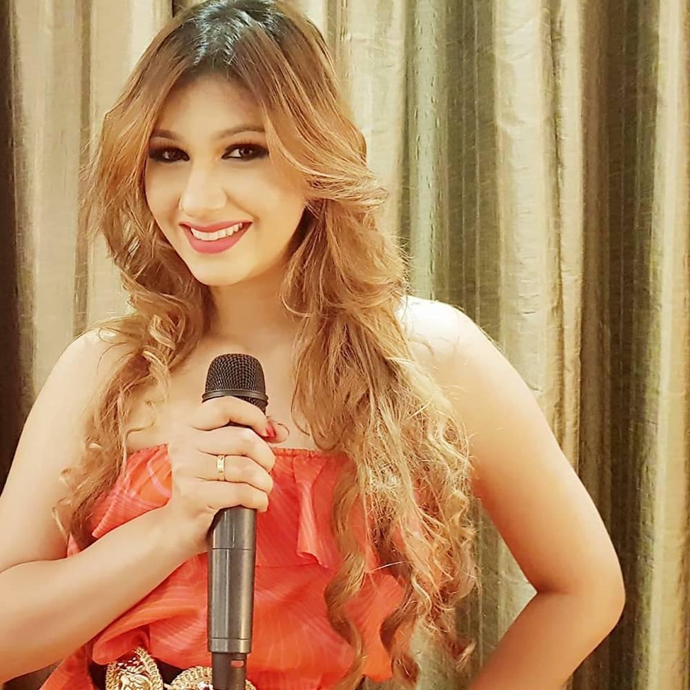 Jasleen Matharu Singer