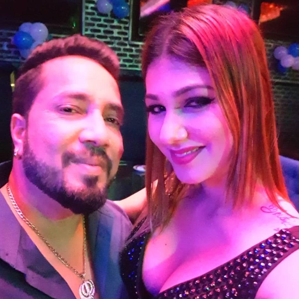Jasleen matharu with Mika Singh