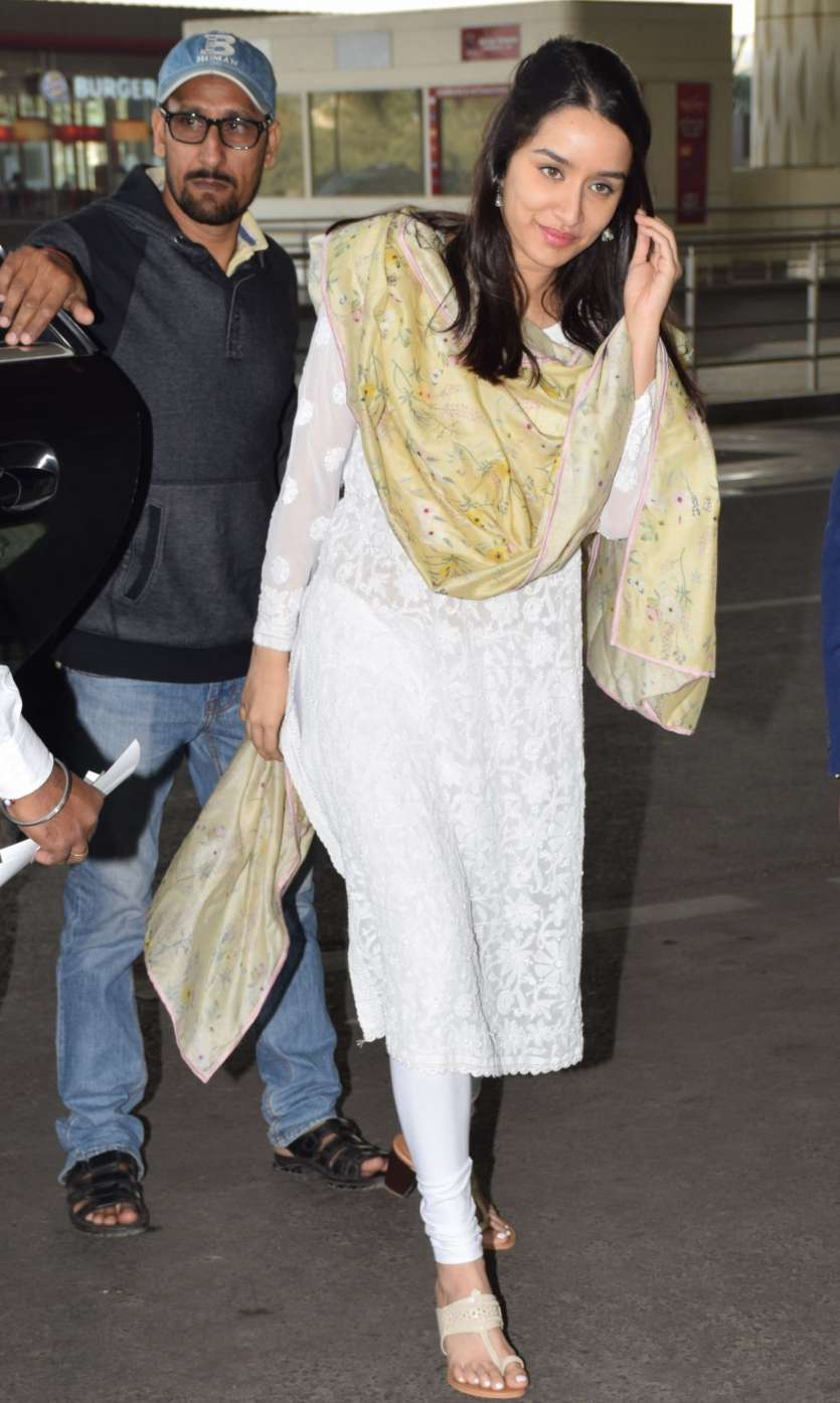 Shraddha Kapoor in Suits White Chikankari