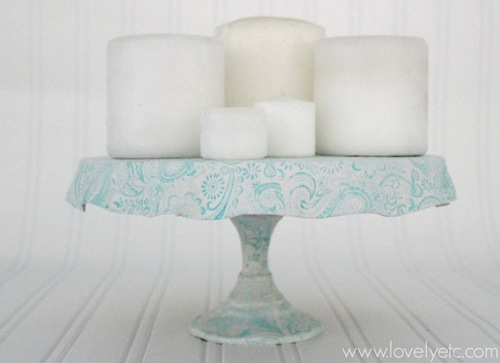 Decoration With Candles Using Cake Plates